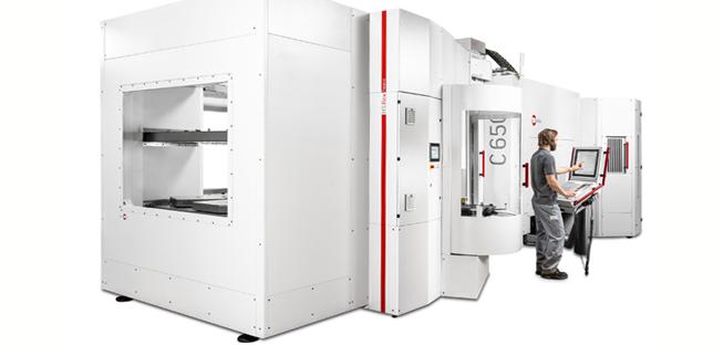 Манипулаторна система HS flex heavy – решението за автоматизация на Hermle при транспортно тегло до 1200 kg