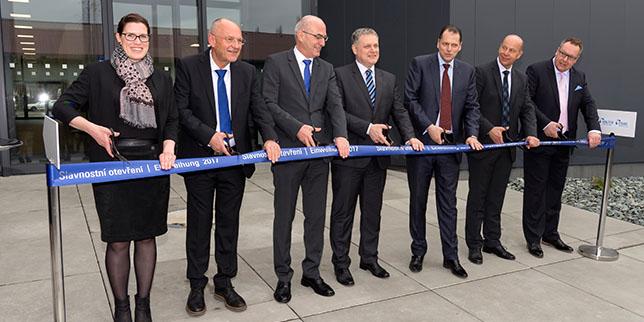Walter откри официално разширението на фабриката си в Чехия