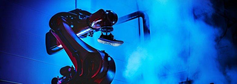 Завод само от роботи в Германия