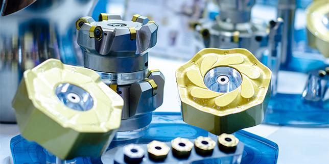 Машини и инструменти за обработка с големи подавания (HFM)