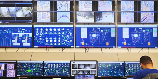 Предизвикателството Контролна зала в Дънди Прешъс Металс: Безотказна и надеждна работа на рудника