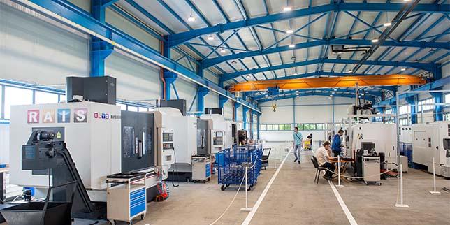 Инж. Нишан Бъздигян, управител на РАИС ООД: Със съвременните технологии изграждането и управлението на една машина се премести в офиса, машините станаха мултифункционални