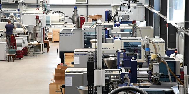 Доев ООД: Печелим доверието на големите световни марки чрез класна хидравлика и качествени масла