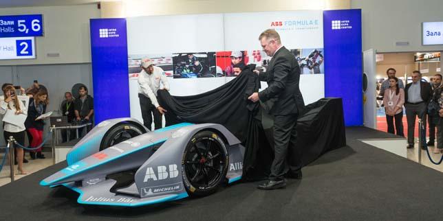 ABB представи състезателния електромобил Gen 2 в София