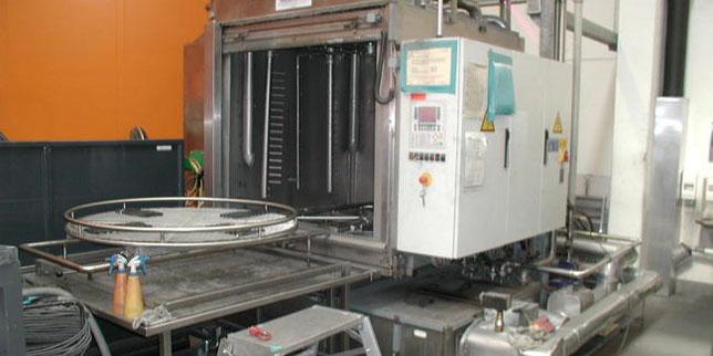 Тех Индустри България ЕООД е надеждният партньор в индустриалното почистване на части