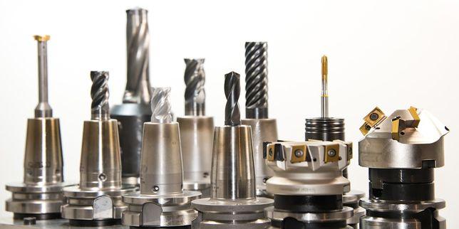 Многоосната металообработка като отговор на предизвикателствата в съвременното машиностроене