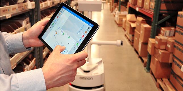 Роботизиран склад с мобилни роботи OMRON