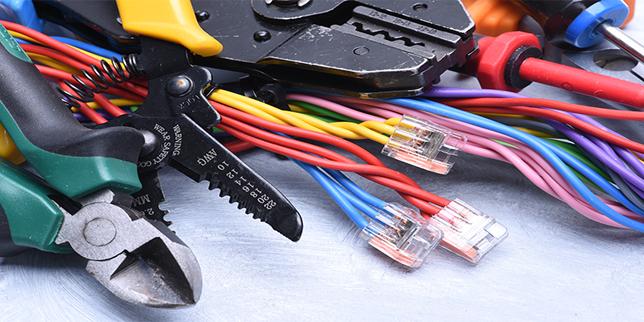 Машини и инструменти за обработка на кабели и проводници
