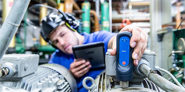 Безопасен и бърз безжичен трансфер на ценни данни за техническото състояние на машините с датчици QuickCollect на SKF
