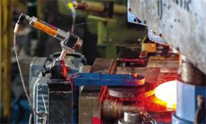 Сензорите на ifm предлагат надеждно следене в ключови звена на производствените процеси