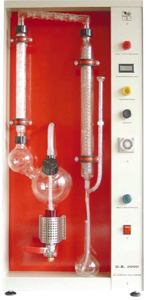 Химмари: Комбинираният апарат модел DE 2000 позволява определяне на показателите алкохол и летливи киселини във виното