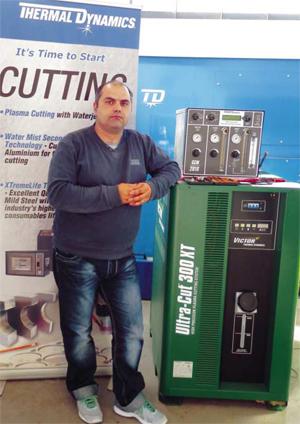 Машините за плазмено рязане VANAD са оборудвани със система за автоматична корекция на височината на рязане