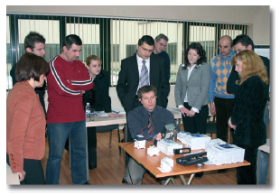 Апарати за защита представи Льогранд България