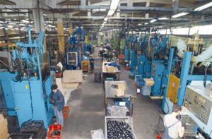 РИС Ръбър България разполага с разнообразие от машини и производствен капацитет